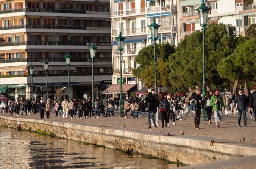 Αναμένεται αποκλιμάκωση κρουσμάτων και θανάτων στην Ελλάδα τις επόμενες δύο εβδομάδες