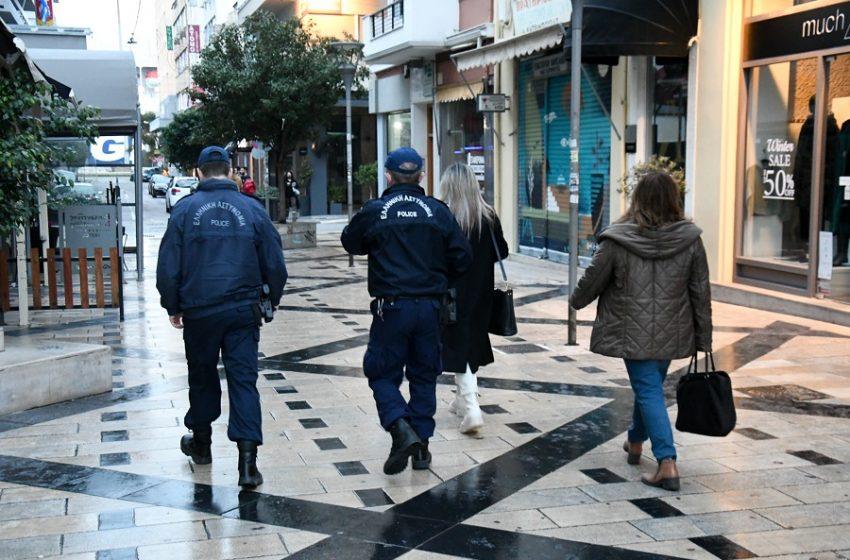 Οκτώ συλλήψεις και 413.000 ευρώ πρόστιμα για παραβίαση των μέτρων για τον κοροναϊο