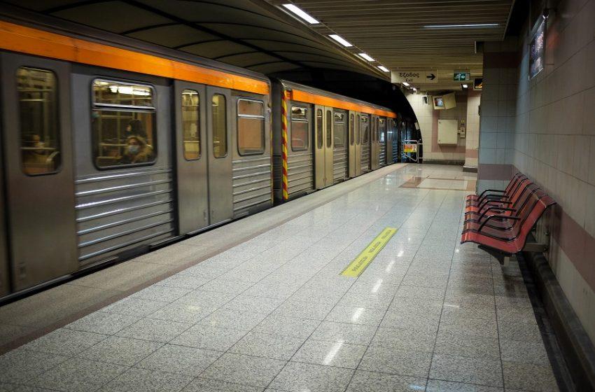 Νεκρή γυναίκα στο μετρό της Πανόρμου – Απεγκλωβίστηκε άτομο στο Χολαργό