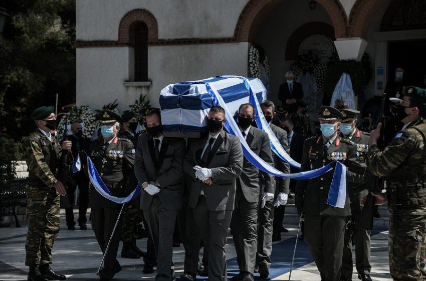 Με στρατιωτικές τιμές η κηδεία του ευεργέτη Ιάκωβου Τσούνη
