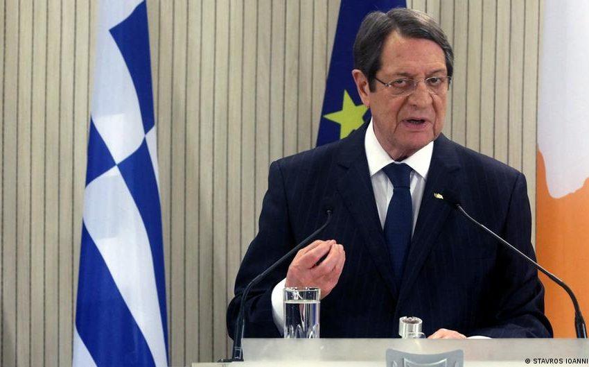 """Μήνυμα """"εμπιστοσύνης"""" Αναστασιάδη στην AstraZeneca- Εμβολιάζεται ολόκληρη η κυπριακή κυβέρνηση"""