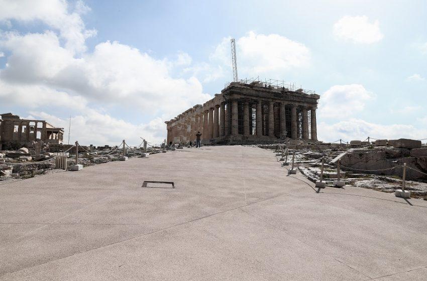Ακρόπολη: Διαφωνεί ο Σύλλογος Αρχιτεκτόνων με τα έργα στον Ιερό Βράχο