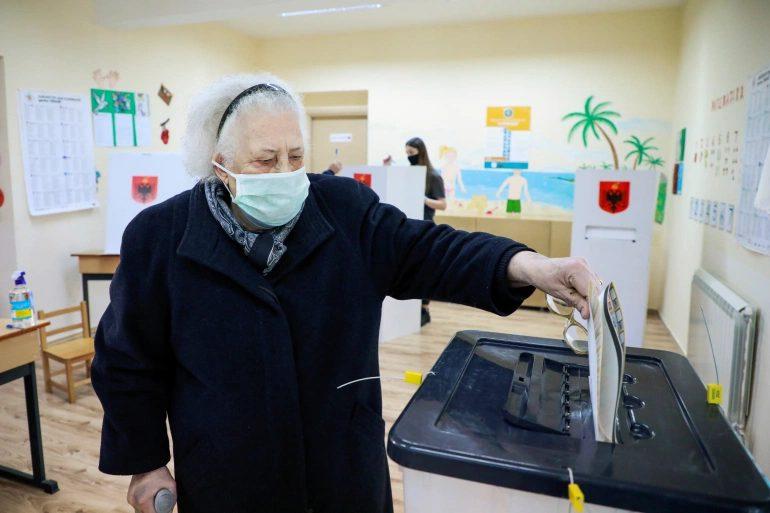 Προηγείται ο Ράμα στα exit poll της Αλβανίας