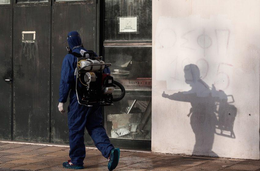 """Χαρδαλιάς: Νέες περιοχές στο """"βαθύ κόκκινο"""" και παράταση lockdown"""