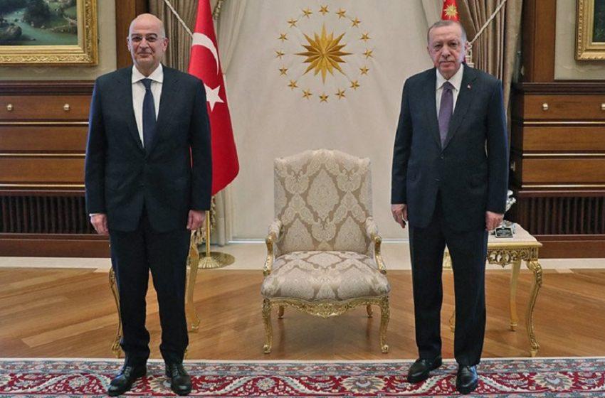 Ολοκληρώθηκε η συνάντηση Δένδια -Ερντογάν