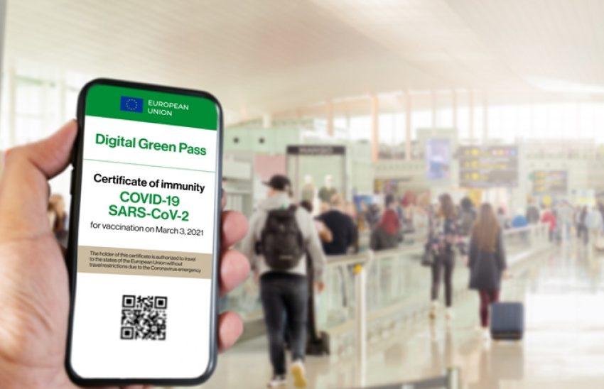 """Μέσα στον Μάϊο το """"πράσινο ψηφιακό πιστοποιητικό"""" στα ταξίδια- Ποιες χώρες θα το εφαρμόσουν μαζί με την Ελλάδα"""