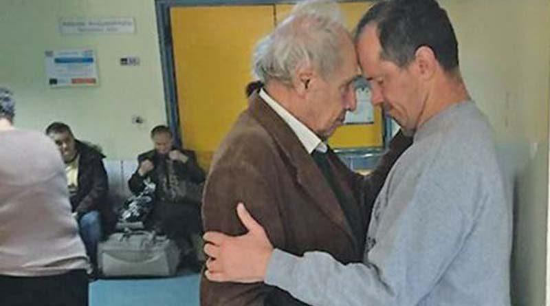 """Θρήνος για τον Δημήτρη Κολλάτο: """"Έχασε"""" τον 'Αλκη – """"Είναι άδικο να ζω εγώ"""""""