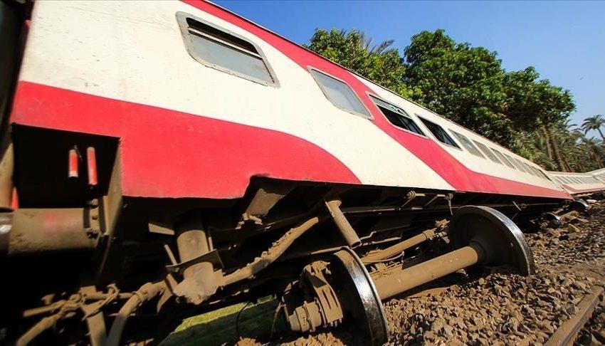 97 τραυματίες από εκτροχιασμό τρένου στην Αίγυπτο