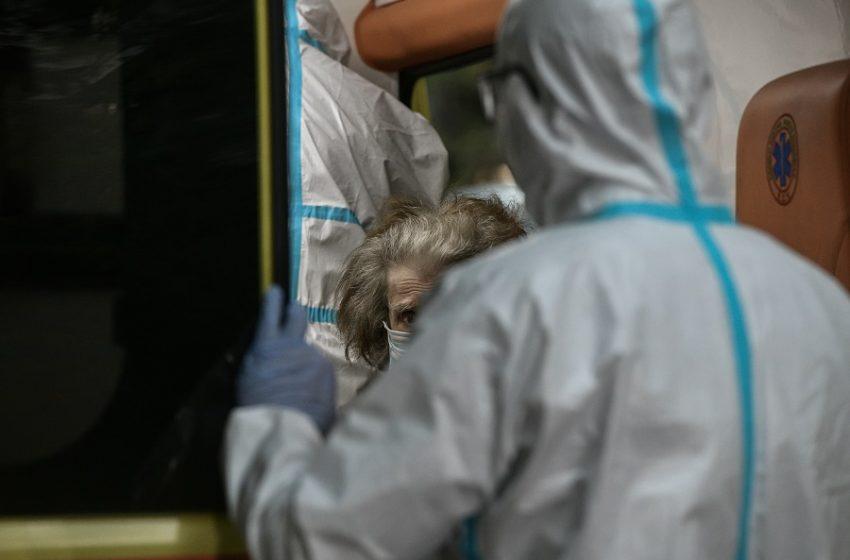 """ΠΟΕΔΗΝ: 52 διασωληνωμένοι εκτός ΜΕΘ στα νοσοκομεία της Αττικής – """"Πόλεμος"""" στις εφημερίες"""