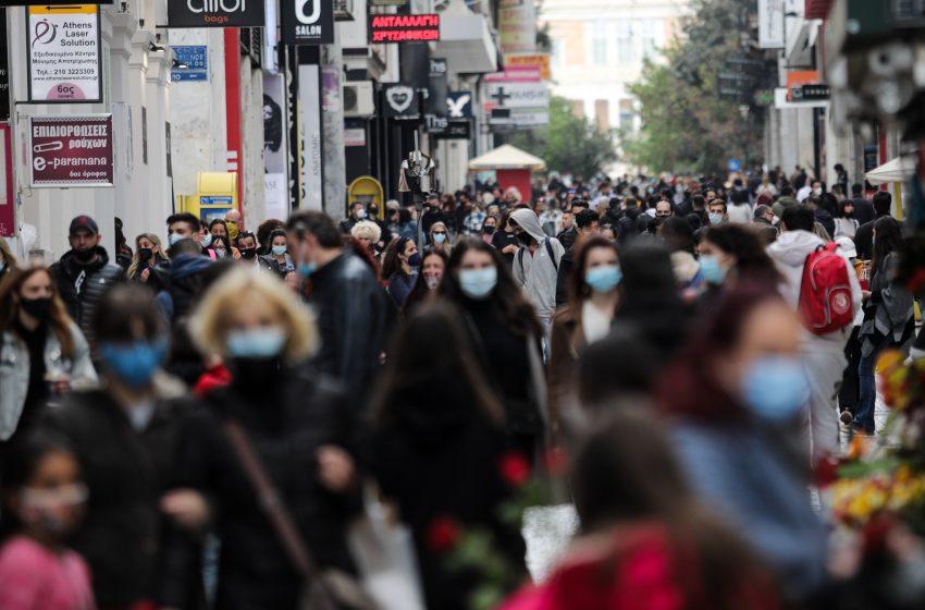 Αυξημένη η κίνηση στην αγορά την Κυριακή των Βαΐων – Εντατικοί έλεγχοι στις εξόδους της πόλης