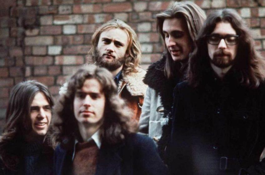 Genesis: Ένα σπάνιο βίντεο συναυλίας από το Παρίσι το 1973