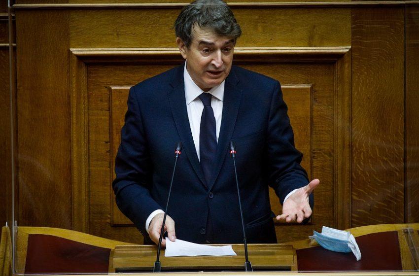 Χρυσοχοΐδης για Φουρθιώτη: Αναλαμβάνω την ευθύνη, η ΕΛ.ΑΣ δεν διέψευσε τη φύλαξη αλλά τον αριθμό των φρουρών
