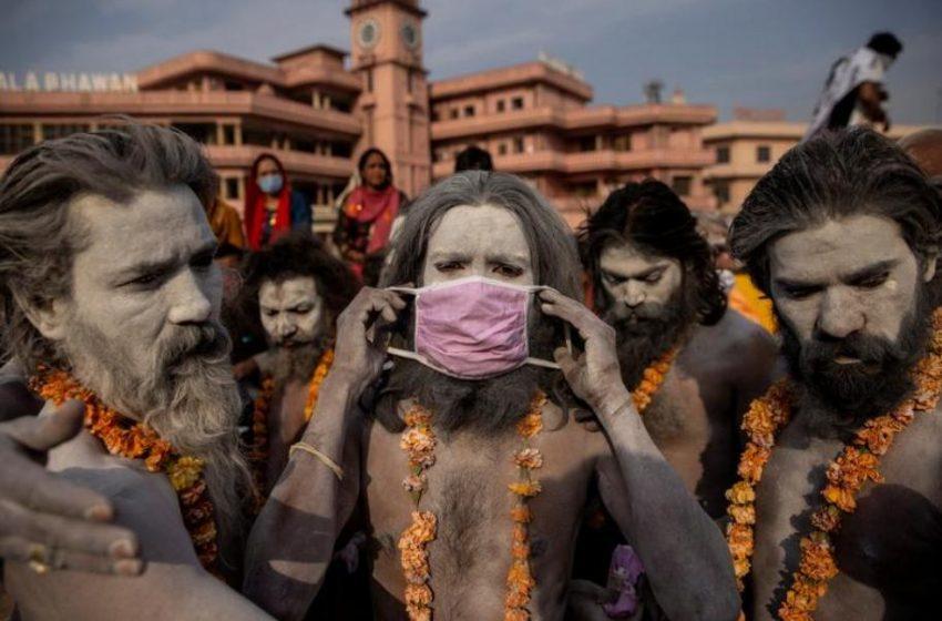 Παγκόσμιο ρεκόρ στην Ινδία με 314.835 κρούσματα σε μια μέρα