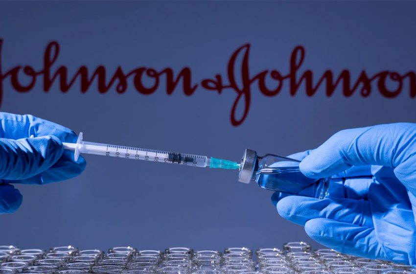 """Θεμιστοκλέους: """"Παγώνουν"""" προς το παρόν οι  εμβολιασμοί με Johnson&Johnson"""