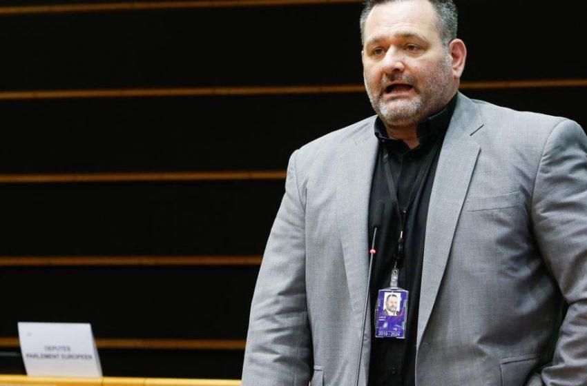 Άρση της ασυλίας του Λαγού αποφάσισε το Ευρωκοινοβούλιο