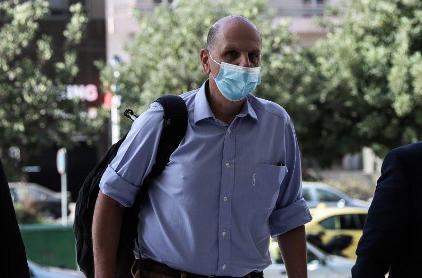 Μιωνής για Novartis: Ο Παππάς δεν έχει σχέση με την εκβίαση