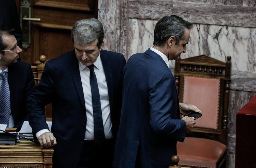 Πολιτικές παρενέργειες από τον Φουρθιώτη – Γιατί ο Χρυσοχοΐδης βιάστηκε να μιλήσει για τη σύλληψη του παρουσιαστή