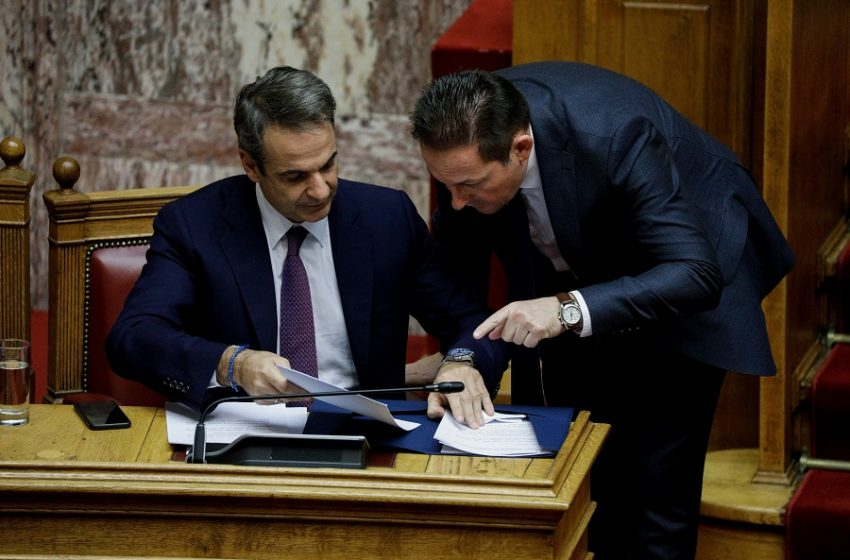 Ραγδαίες εξελίξεις μετά την επίσκεψη Πέτσα στην Πάτρα: Δύο προτάσεις στον πρωθυπουργό – Πληροφορίες του libre για την επικρατέστερη