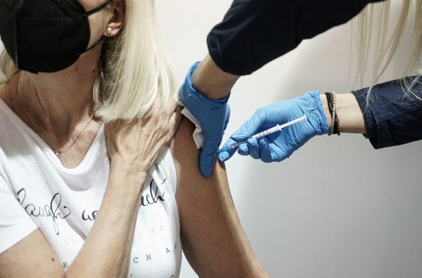 Βρετανία: Να μη χορηγείται το εμβόλιο της Astra Zeneca στους κάτω των 30 ετών