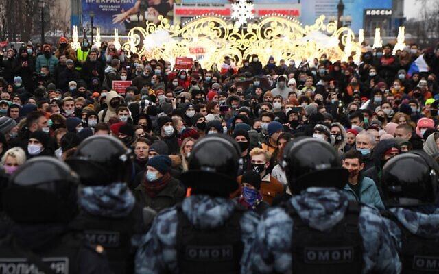 Μαζικές διαδηλώσεις προανήγγειλαν υποστηρικτές του Ναβάλνι – Καλούν για τις 21 Απριλίου