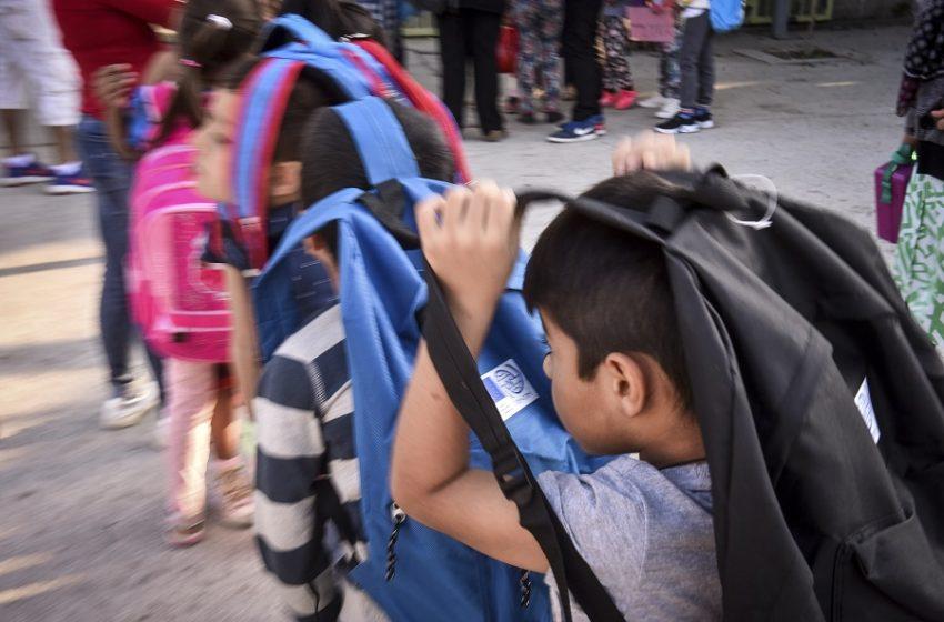 Συνήγορος του πολίτη: Μόνο το 14,2% των προσφυγόπουλων φοιτά σε σχολείο