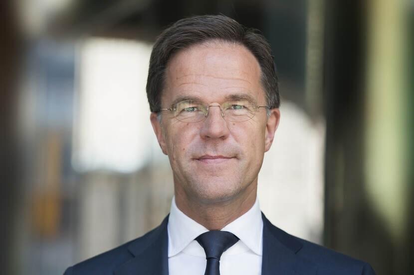 Ολλανδία: Πρόταση δυσπιστίας κατά Ρούτε…δύο εβδομάδες μετά την εκλογική του νίκη