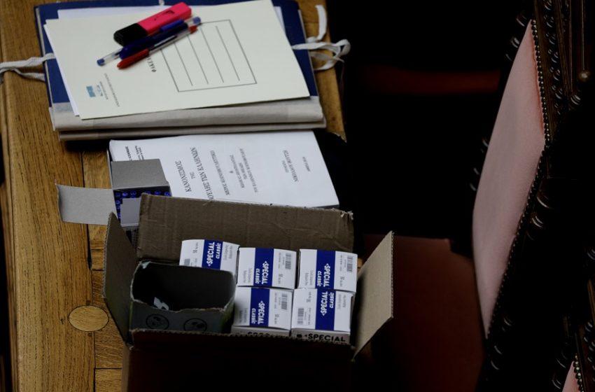 Απόφαση με αιχμές από ΣΥΡΙΖΑ – Αποχή από όλες τις ονομαστικές ψηφοφορίες στη Βουλή