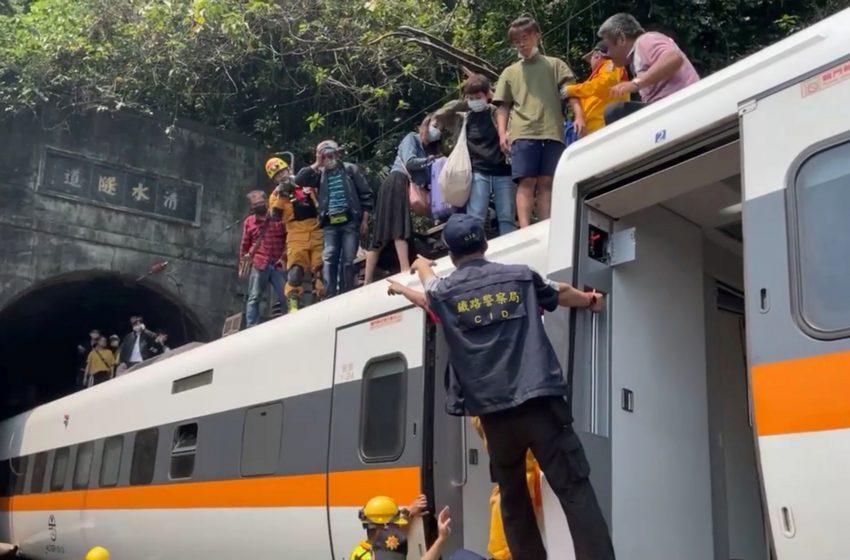 Ταϊβάν: Τουλάχιστον 51 οι νεκροί από το σιδηροδρομικό δυστύχημα
