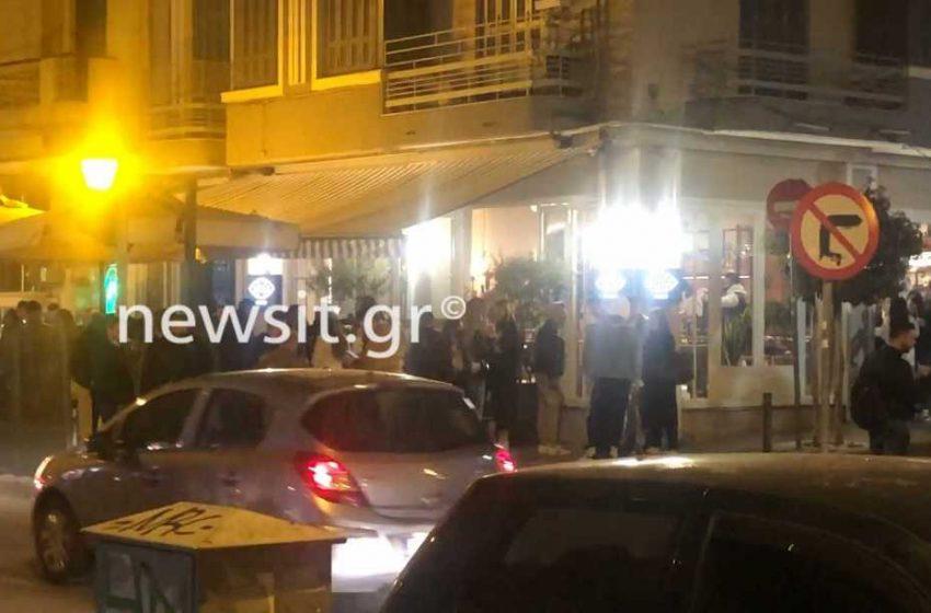 Θεσσαλονίκη: Νέες εικόνες συνωστισμού σε καφέ μπαρ