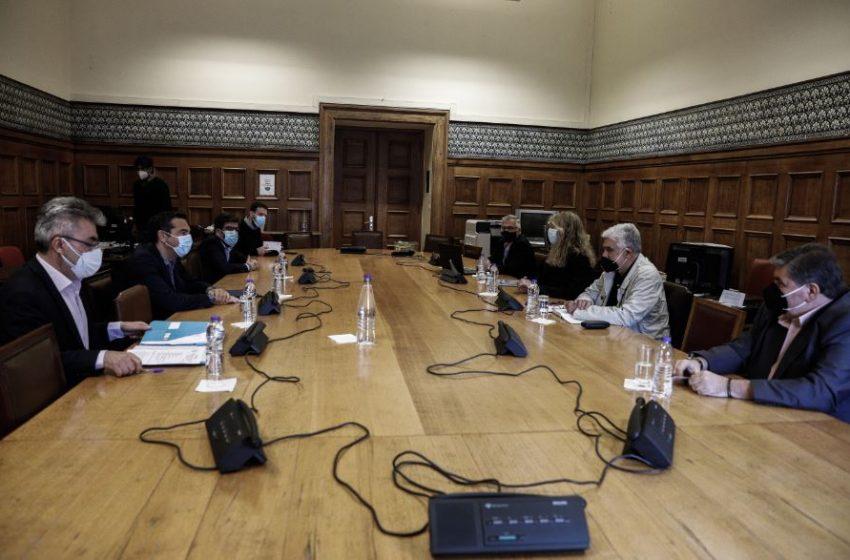 Συνάντηση Τσίπρα με  Δικαστικούς Υπαλλήλους – Τι  είπαν