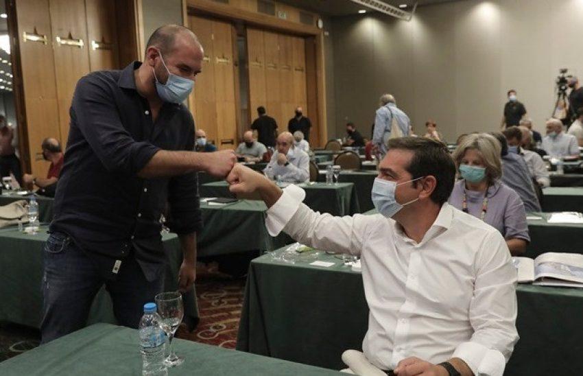 """Πολιτική σύγκρουση για τις δηλώσεις Τζανακόπουλου- Για """"ολοκληρωτισμό"""" κατηγορεί η Ν.Δ που """"βλέπει"""" απολύσεις- ΣΥΡΙΖΑ: Σίριαλ αντιπερισπασμού"""