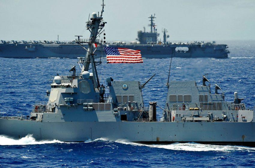 """Μαύρη Θάλασσα: Αναφορά για αμερικανικά πολεμικά πλοία βάζει """"φωτιά"""" στη Ρωσία"""