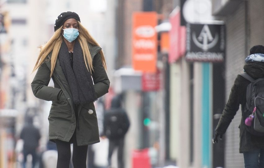 ΗΠΑ: Χωρίς μάσκα οι πλήρως εμβολιασμένοι σε κάποιες δραστηριότητες