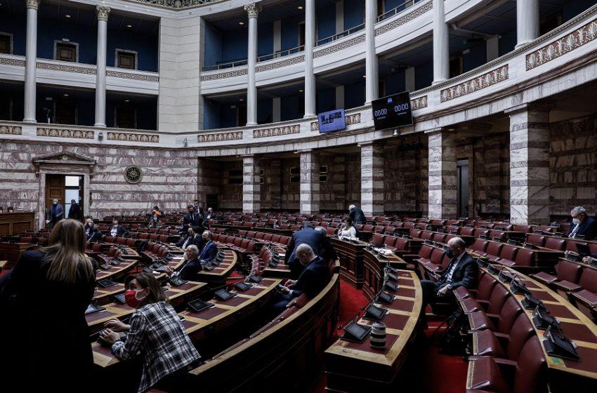 Προειδοποίηση ΣΥΡΙΖΑ σε Τασούλα: Αλλαγή λειτουργίας αλλιώς θα απέχουμε