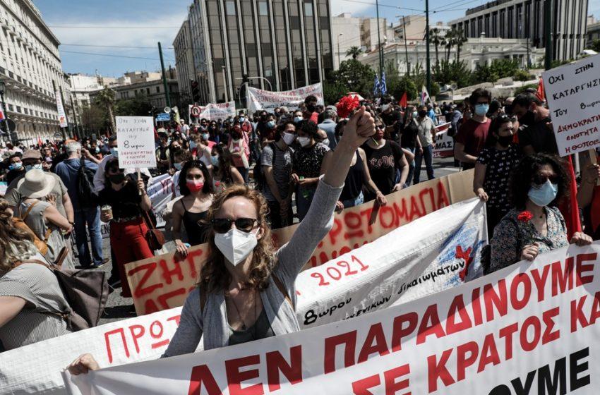 Γενική απεργία: Μαζικές συγκεντρώσεις για 8άωρο, υπερωρίες, απολύσεις
