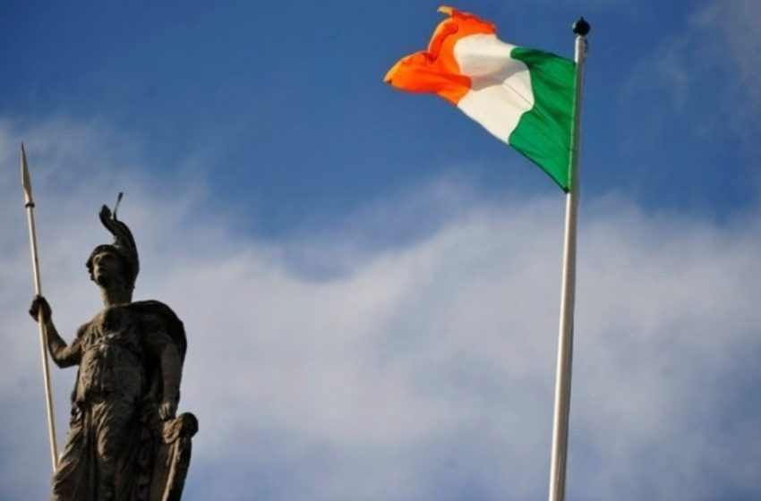 Ιρλανδία: Ούτε με πιστοποιητικό εμβολιασμού τα ελεύθερα ταξίδια από Βρετανία μέχρι τις 15 Ιουλίου