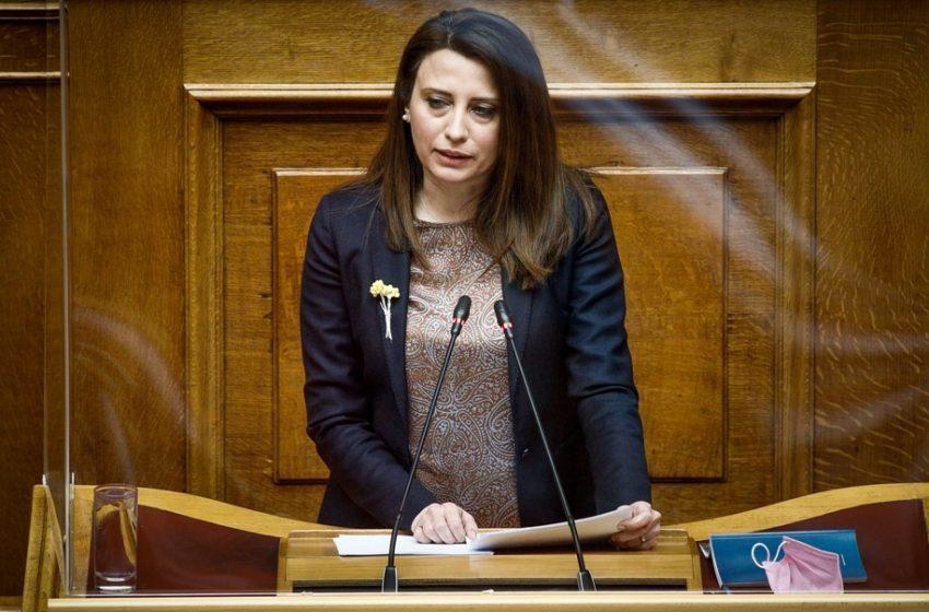 """Συνεπιμέλεια: Ονομαστική ψηφοφορία για δυο άρθρα ζήτησε ο ΣΥΡΙΖΑ – Κασιμάτη: """" Να προβληματιστεί ο υπουργός Δικαιοσύνης…"""""""