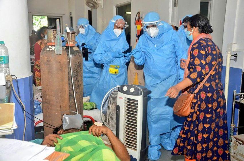 Ινδία: 362.727 κρούσματα και 4.120 θάνατοι σε ένα 24ωρο