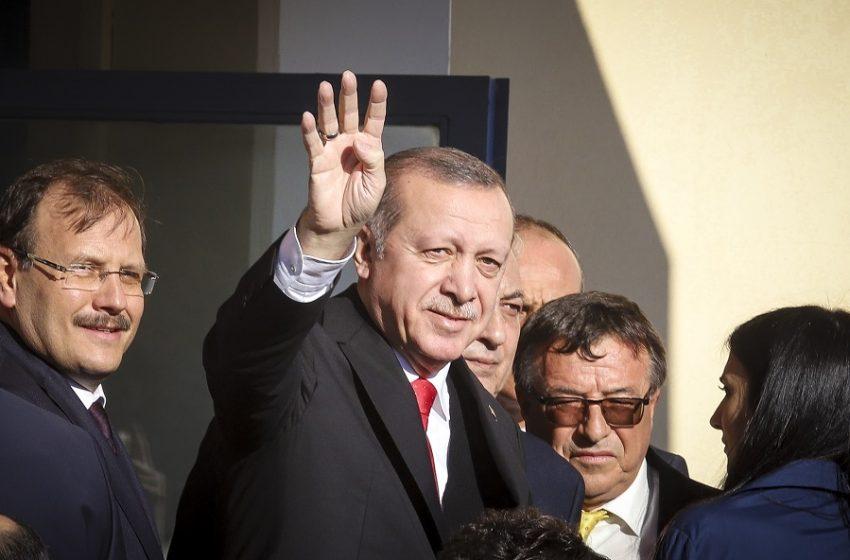"""Η Άγκυρα απορρίπτει τις αμερικανικές κατηγορίες για """"αντισημιτικές"""" δηλώσεις του Ερντογάν"""
