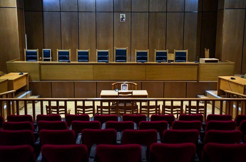 Εισαγγελική έρευνα για διαδικτυακές απειλές κατά δικαστικών
