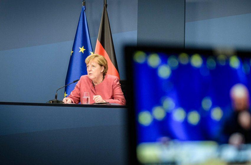 Γερμανία: Η Μέρκελ καταδικάζει τις επιθέσεις σε συναγωγές