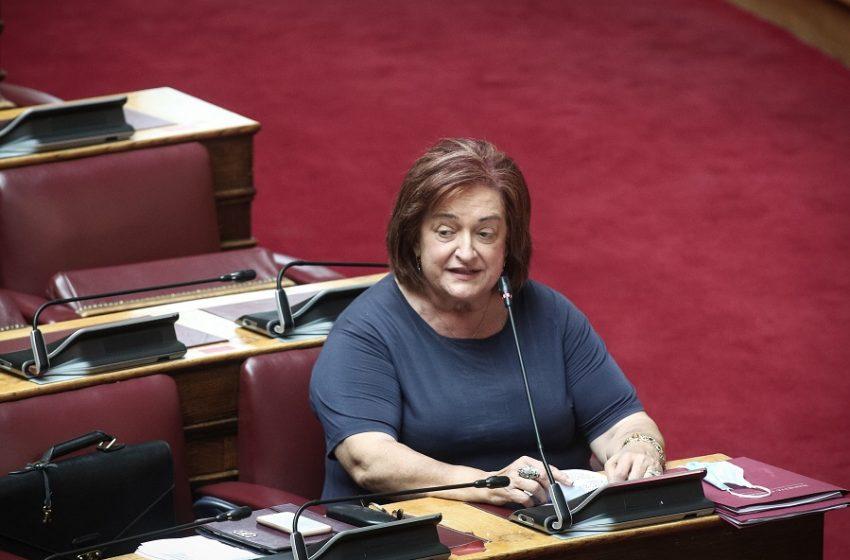 """Γιαννάκου: Δεν θα ψηφίσω το νομοσχέδιο για την συνεπιμέλεια-""""Πυρά"""" στον Υπ. Δικαιοσύνης"""