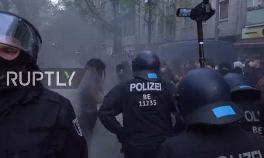 Βερολίνο: Χάος με 100 τραυματίες αστυνομικούς