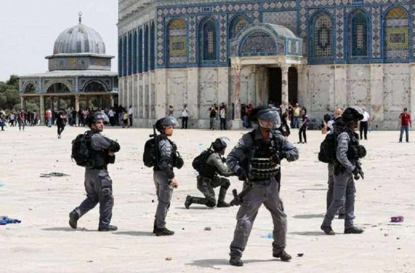 Ισραήλ: Συγκρούσεις Παλαιστίνιων με την ισραηλινή αστυνομία στην Πλατεία των Τεμένων