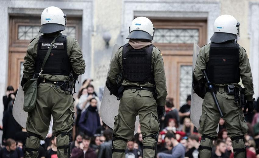 """""""Παγώνει"""" άρον-άρον το νόμο για την αστυνομία στα ΑΕΙ η κυβέρνηση- Υπό τον φόβο αντιδράσεων- Ήττα εντυπώσεων για Χρυσοχοϊδη και Κεραμέως"""