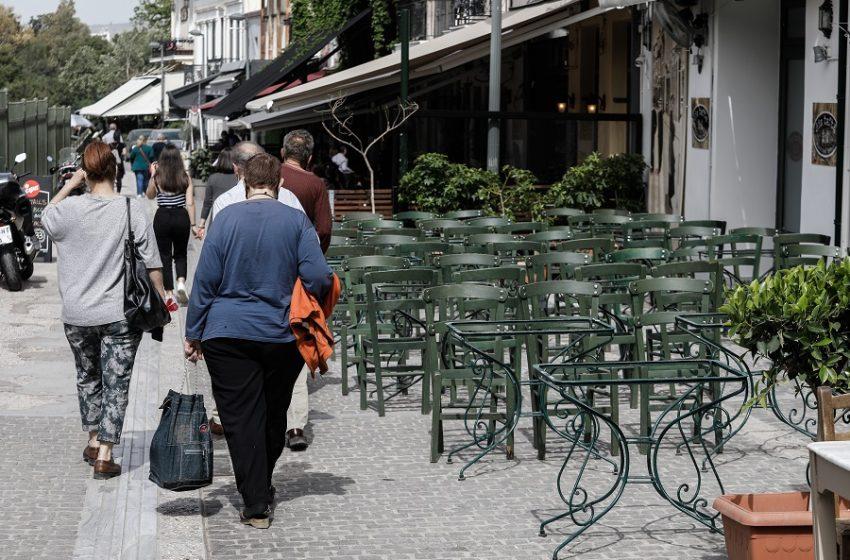 1.058 νέα μεταλλαγμένα στελέχη – Ανησυχία για μετάλλαξη που εξαπλώνεται ραγδαία στην Αθήνα