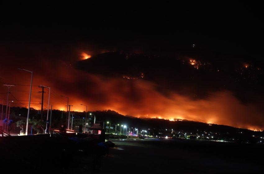 Αρχηγός Πυροσβεστικής: Μέχρι το βράδυ θα οριοθετηθεί η φωτιά