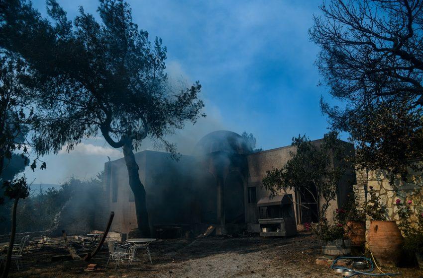 Γεράνεια όρη: Για τέταρτη ημέρα καίει η πυρκαγιά με διάσπαρτες εστίες -Συνεχίζονται οι προσπάθειες κατάσβεσης