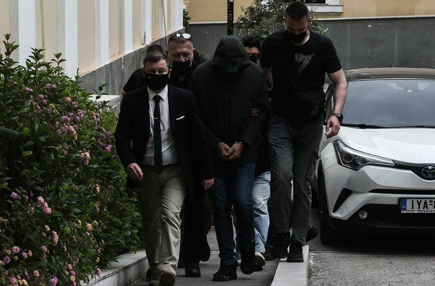 Στη φυλακή ο Μένιος Φουρθιώτης- Προφυλακίστηκαν και οι συγκατηγορούμενοί του