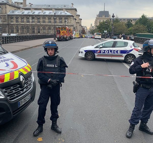 Γαλλία: Εισαγγελική έρευνα για την υπόθεση κατασκοπείας σε βάρος δημοσιογράφων